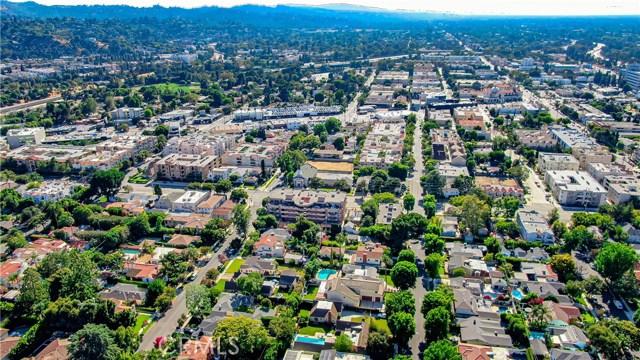 Photo of 4310 Cahuenga Boulevard #104, Toluca Lake, CA 91602