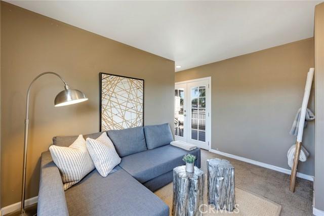 32. 1005 S Woods Avenue Fullerton, CA 92832