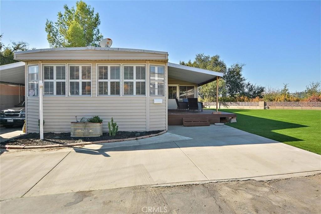 4201     Topanga Canyon Blvd     11, Woodland Hills CA 91364