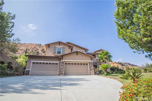 Photo of 1778 Oakridge Dr, Corona, CA 92882