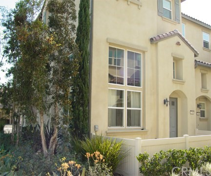 320 Cork Tree W, Orange, CA 92865