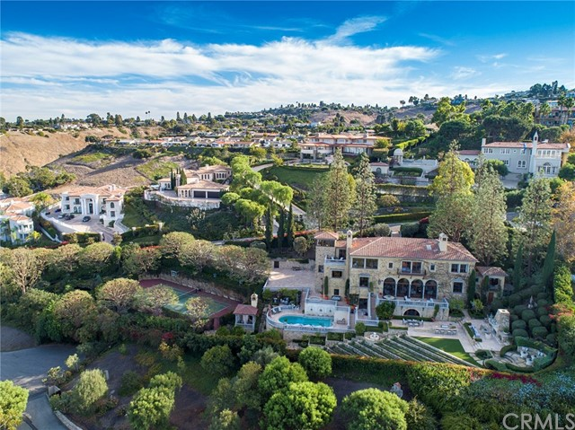 67. 705 Via La Cuesta Palos Verdes Estates, CA 90274