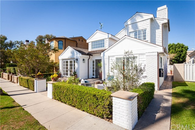 Photo of 509 Goldenrod Avenue, Corona del Mar, CA 92625