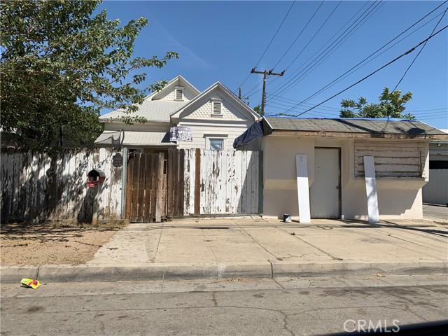 1027 Kern St, Bakersfield, CA 93305