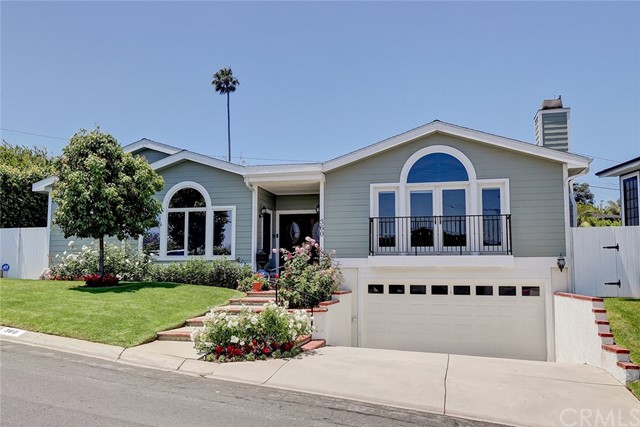 360 Via Colusa, Redondo Beach, California 90277, 3 Bedrooms Bedrooms, ,2 BathroomsBathrooms,For Sale,Via Colusa,SB20122497