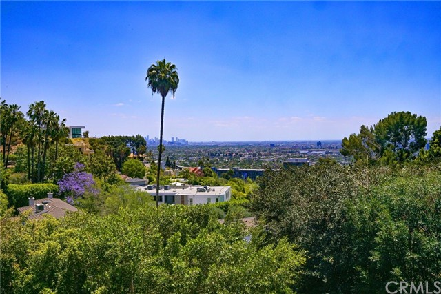 Photo of 1450 Sunset Plaza Drive, Hollywood Hills, CA 90069