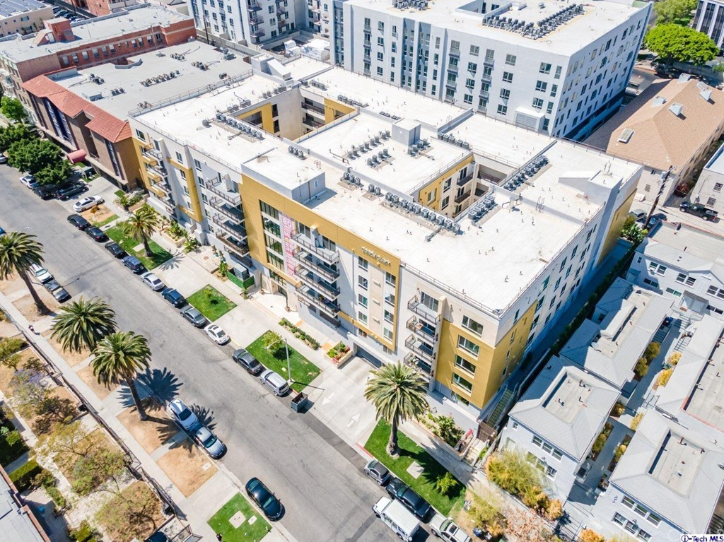 2939     Leeward Avenue   417, Los Angeles CA 90005