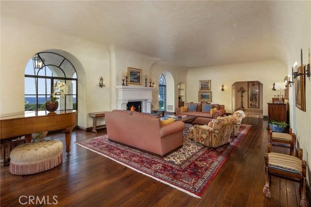 20. 909 Via Coronel Palos Verdes Estates, CA 90274