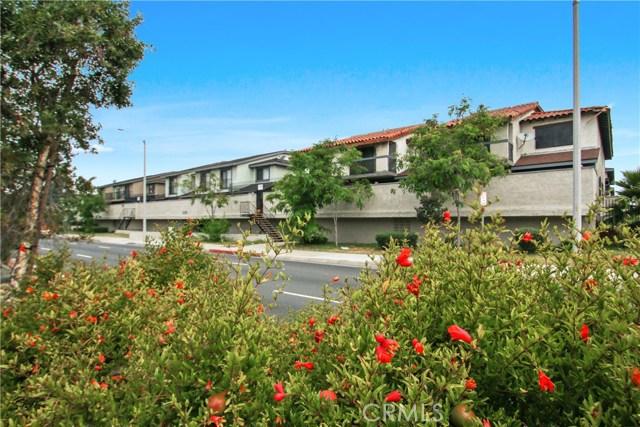 1239 W Rosecrans 15, Gardena, CA 90247