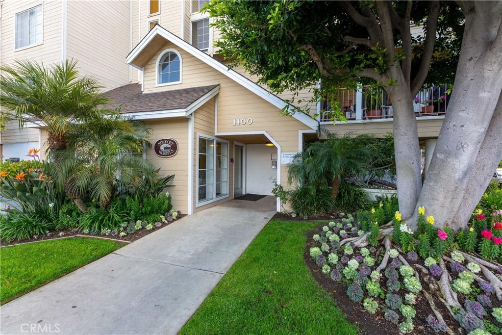 1100     Newport Avenue   205, Long Beach CA 90804