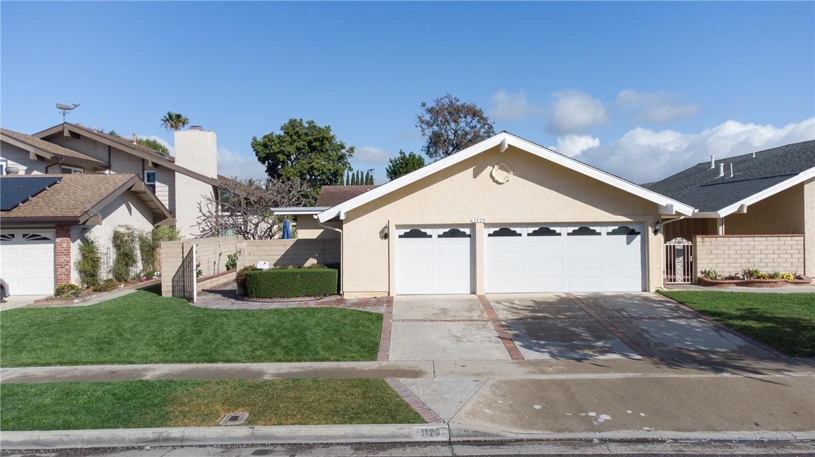1129 W Curie Avenue, Santa Ana, CA 92707