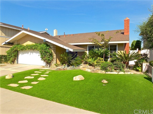4201 Dogwood Avenue, Seal Beach, CA 90740