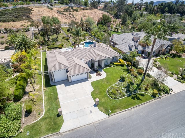 31199 Kahwea Rd, Temecula, CA 92591 Photo 5