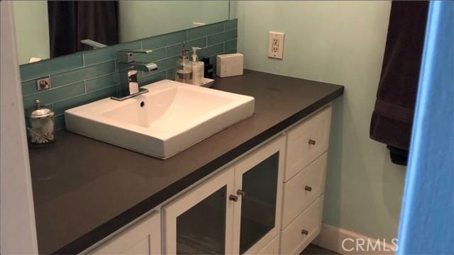 201 Calle Miramar 7, Redondo Beach, California 90277, 2 Bedrooms Bedrooms, ,1 BathroomBathrooms,For Sale,Calle Miramar,PV21058107