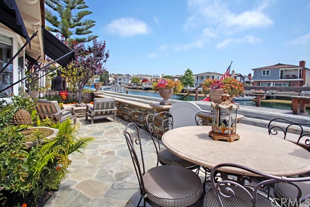 225 GRAND CANAL, Newport Beach, CA 92662