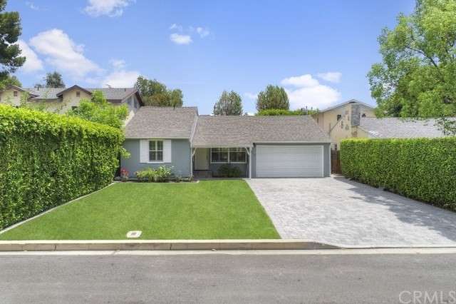 4818 Saloma Avenue, Sherman Oaks, CA 91403