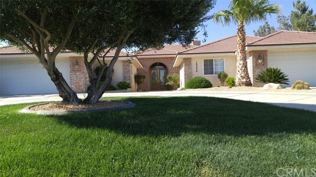 19252 Kanbridge Street, Apple Valley, CA 92308