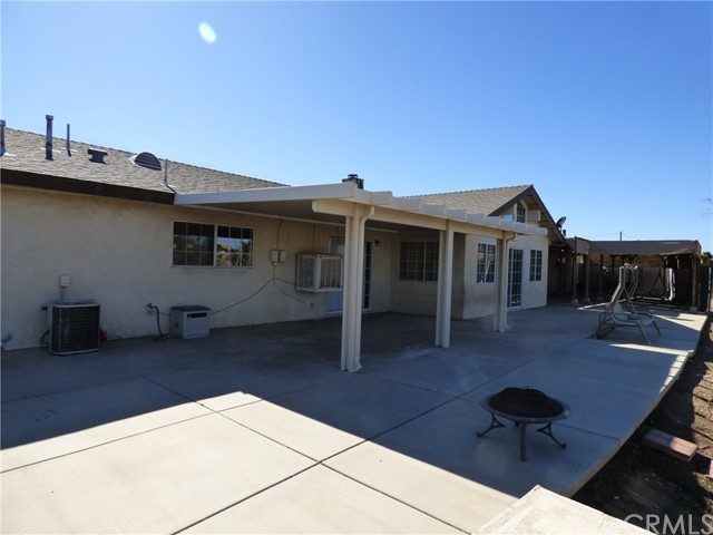 10974 Adobe Rd, Oak Hills, CA 92344 Photo 32