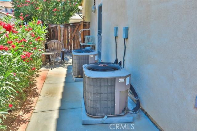 8443 Fillmore Ct, Oak Hills, CA 92344 Photo 45