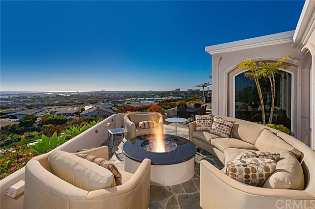 Photo of 1101 Ebbtide Road, Corona del Mar, CA 92625