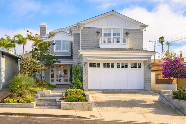 742 27th Street, Manhattan Beach, California 90266, 4 Bedrooms Bedrooms, ,3 BathroomsBathrooms,For Sale,27th,SB19194302