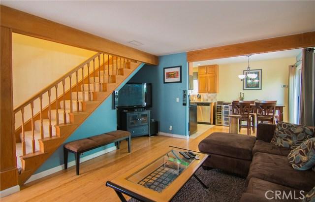 2105 Vanderbilt Lane, Redondo Beach, California 90278, 3 Bedrooms Bedrooms, ,1 BathroomBathrooms,Townhouse,For Sale,Vanderbilt,SB19014368