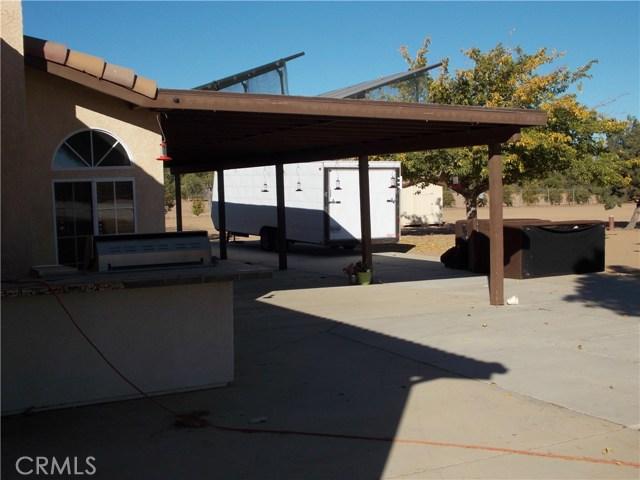 13810 Farmington St, Oak Hills, CA 92344 Photo 17