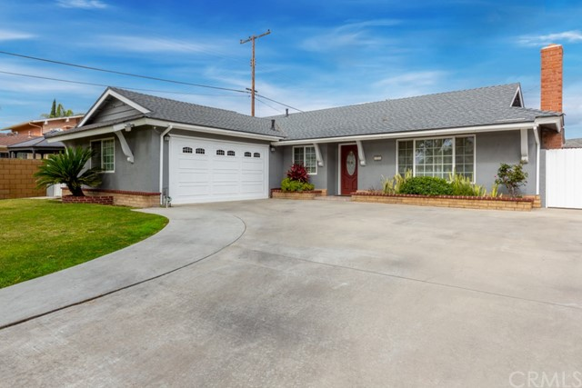 1927 W Secrest Way, Santa Ana, CA 92704