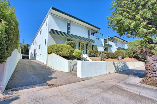 1628 South Huntington Dr. South Pasadena, CA 91030