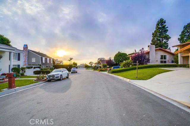 13. 3018 Via Borica Palos Verdes Estates, CA 90274