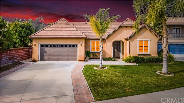 39213 Half Moon Circle, Murrieta, CA 92563