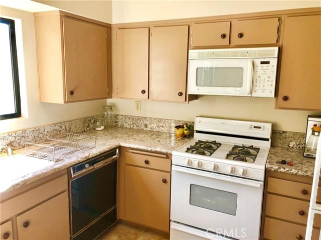 277 Rosemont Av, Pasadena, CA 91103 Photo 4