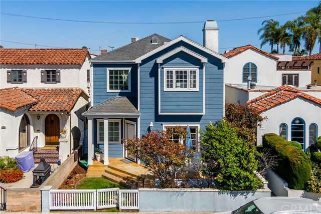 2. 128 Claremont Avenue Long Beach, CA 90803