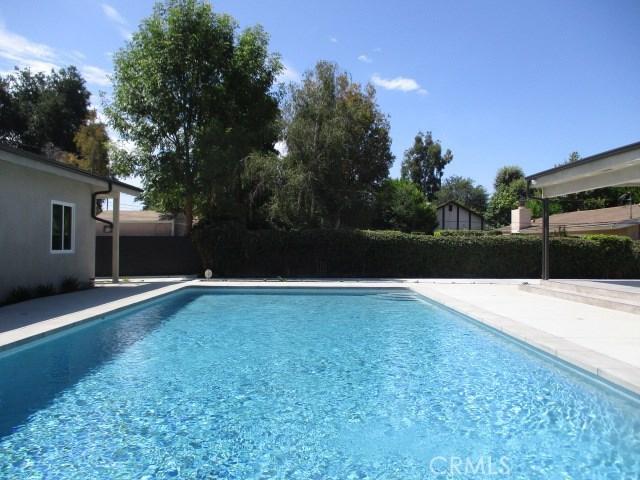 9254 Balcom Avenue, Northridge, CA 91325