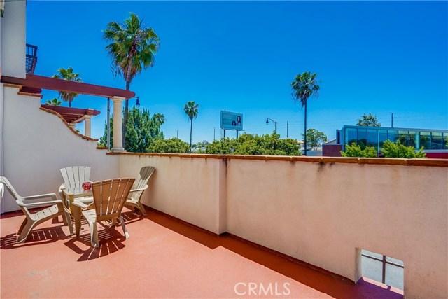 2001 Artesia Boulevard 204, Redondo Beach, California 90278, 1 Bedroom Bedrooms, ,1 BathroomBathrooms,For Sale,Artesia,SB20096514