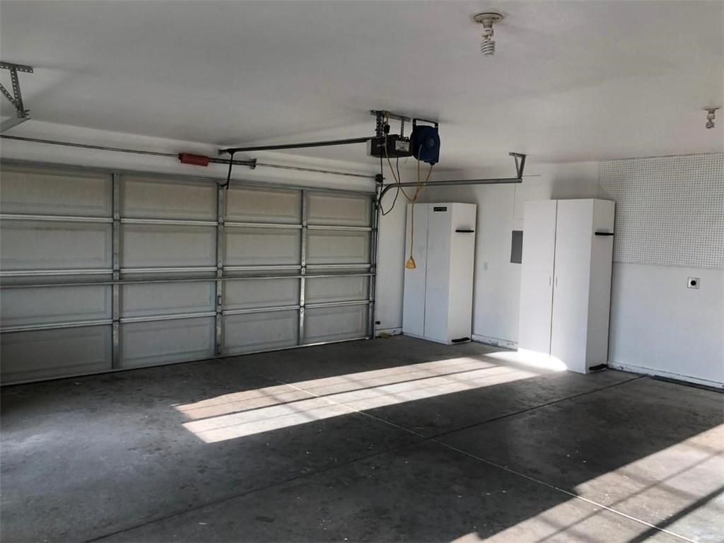 5833 Merito Rd, Oak Hills, CA 92344 Photo 3