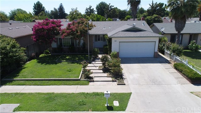 6103 N Selland Avenue, Fresno, CA 93711