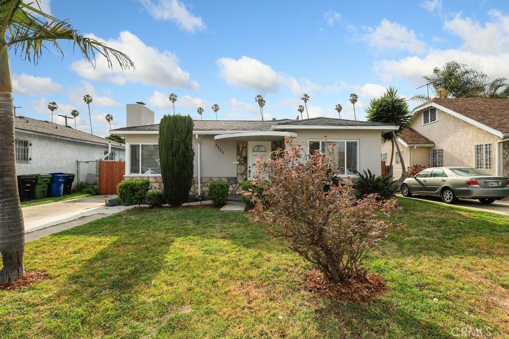 4335     Arlington Avenue, Los Angeles CA 90008