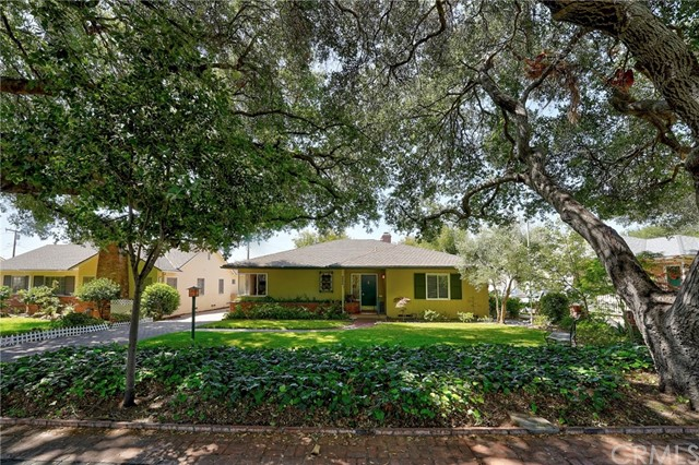 A canopy of mature oak trees frames this lovely, two owner traditional that has not been on the market since 1984. Built by prominent Pasadena builder, O. K. Earl in 1950, it offers 2 bedrooms, 1.75 baths, den/office (could easily be 3rd bedroom), formal dining room and living room with fireplace. Beautiful hardwood floors! Enjoy morning coffee or an evening cocktail on the delightful covered rear patio overlooking the lushly landscaped gardens. Detached double garage. Nearby schools, public transportation, coffee and ice cream shops! This is in the highly desired neighborhood of Brigden Ranch on a street lined with 100+ year old oaks and home to a resident pair of beautiful Peacocks!!