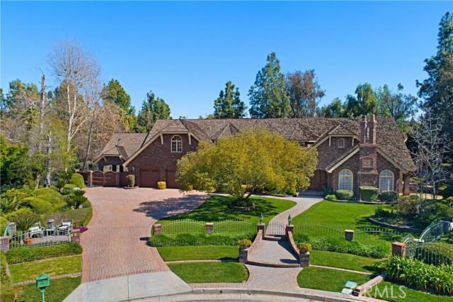 1400 Ravenswood Lane, Riverside, CA 92506