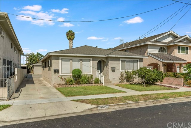 4351 134th, Hawthorne, California 90250, ,Residential Income,For Sale,134th,SB20211026