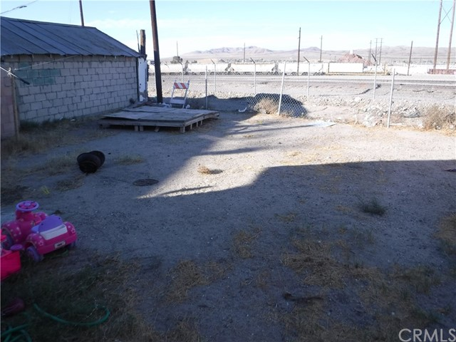 Image 5 of 421 Hutchison St, Barstow, CA 92311