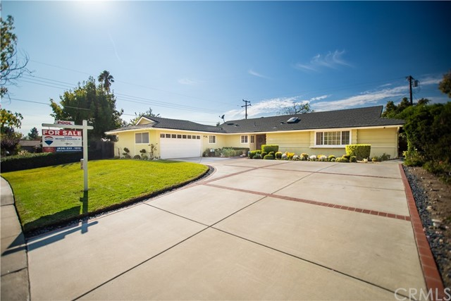 1655 Woodbend Drive, Claremont, CA 91711