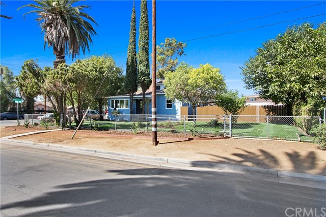 2595 Pennsylvania Avenue, Riverside, CA 92507