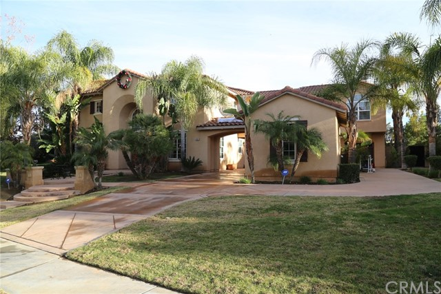 3851 Ashwood Circle, Corona, CA 92881