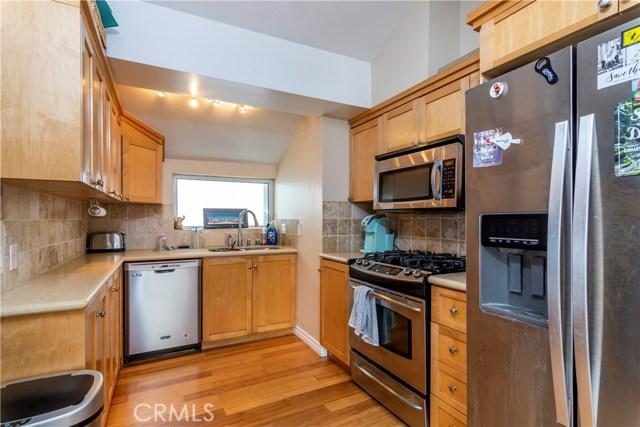 320 Rosecrans, Manhattan Beach, California 90266, ,Residential Income,For Sale,Rosecrans,SB19089229
