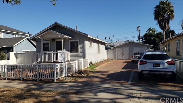 224 Broadway, Redondo Beach, California 90277, ,For Sale,Broadway,SB20263623