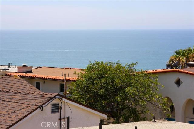 2917 Crest Drive B, Manhattan Beach, California 90266, 1 Bedroom Bedrooms, ,1 BathroomBathrooms,For Rent,Crest,SB19242150