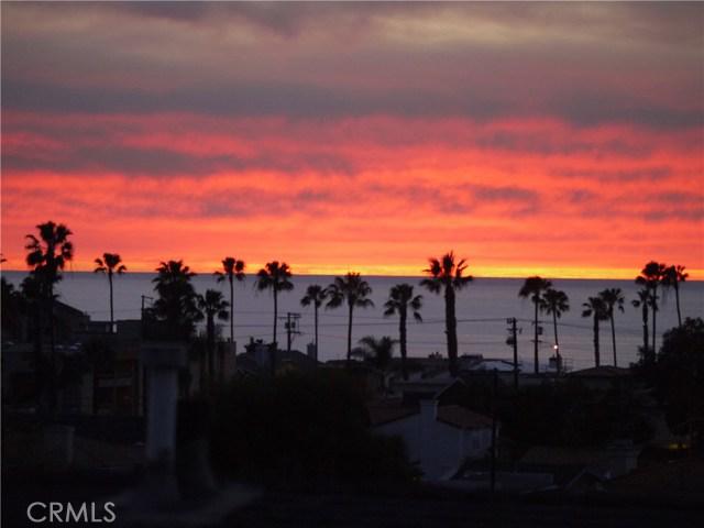 537 Avenue A, Redondo Beach, California 90277, 3 Bedrooms Bedrooms, ,3 BathroomsBathrooms,For Sale,Avenue A,SB18082330