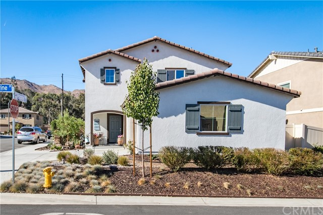 10427 Peregrine Place, Moreno Valley, CA 92557